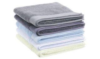 Draps, serviettes de toilette, chaussettes pour hotels, chambres universitaires, institutions, etc.